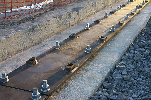 Installation de rails de grue - Réparations Ferroviaires KLN